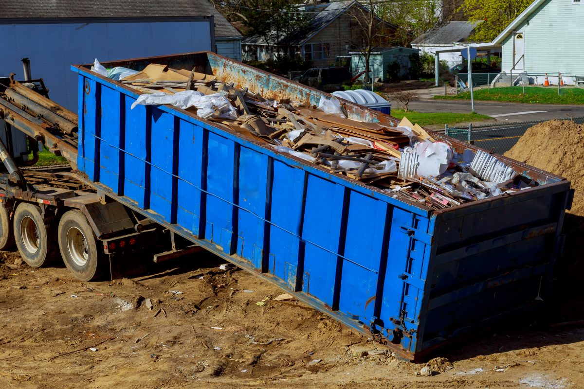 Roll-off dumpsters save time and money